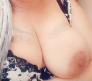 Jihene massage sexy Marmande, 47